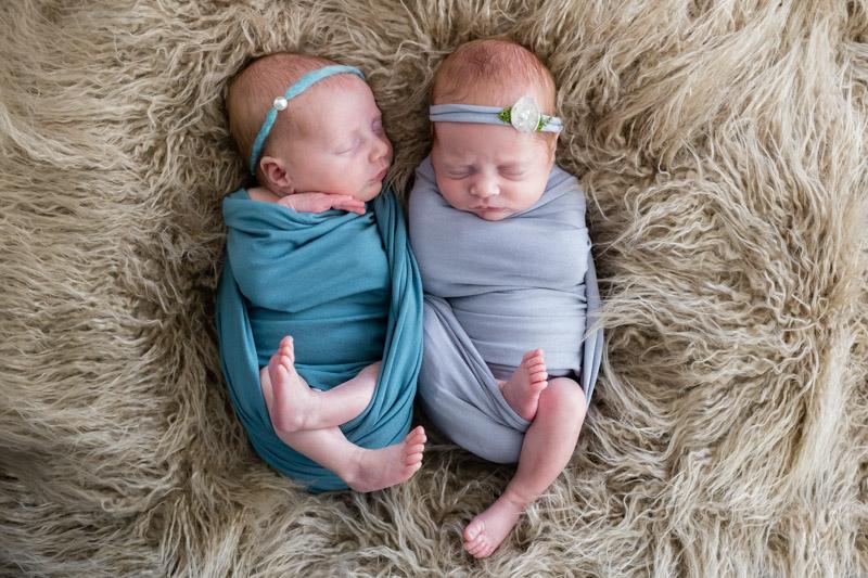 Photo nouveau-nés jumeaux